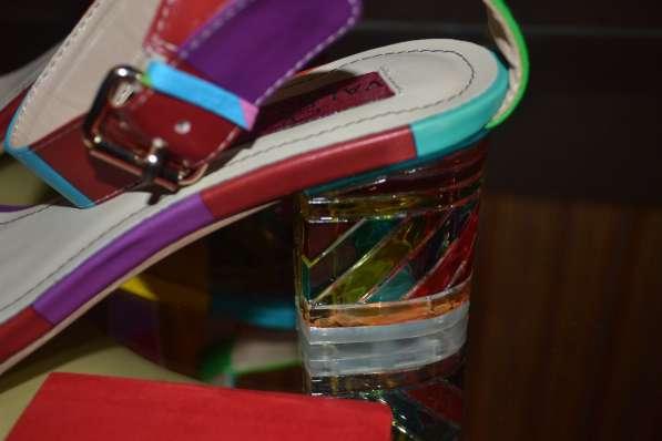 Босоножки Valentino, цвет: разноцветная полоска в фото 4