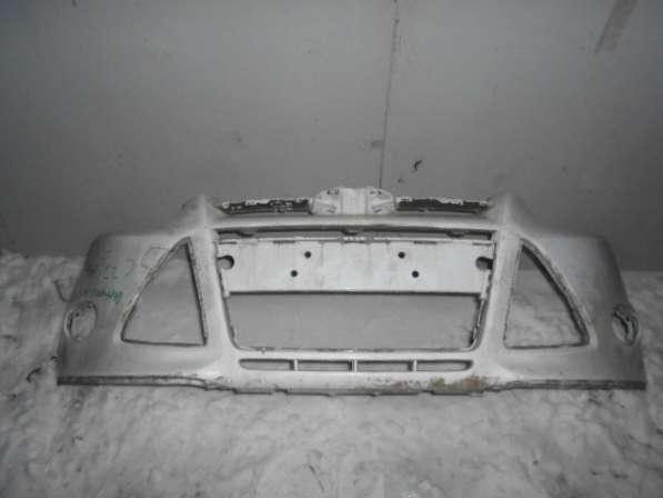 Передний бампер на Ford Focus III 2011-2014г