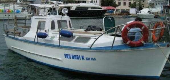 Продам прогулочный катер 8,5 м 12+1 чел.Приписан в Балаклаве