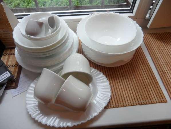 Замечательные посуда из белого фарфора+ стеклянная