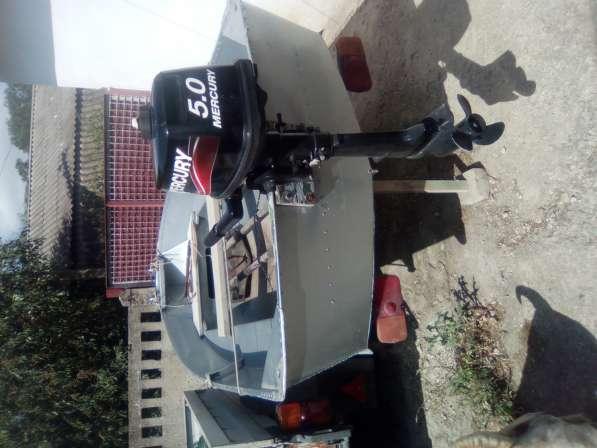 Продам лодку алюминиевую ЯЗЬ с мотором