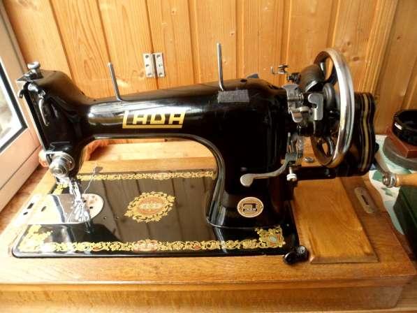 Продам швейную машинку в хорошем, рабочем состоянии