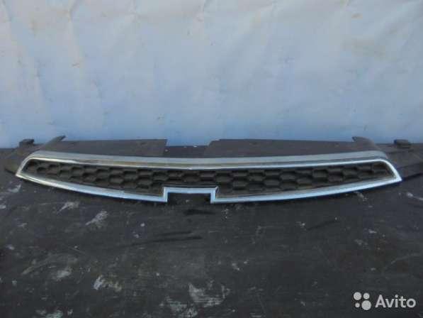 Решетка радиатора для шевроле круз