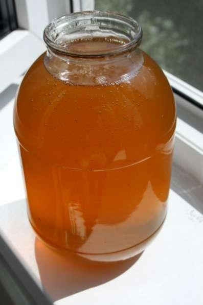 Мёд: липовый, подсолнечный, цветочный.