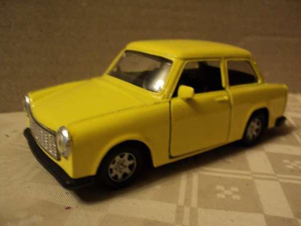 Масштабная модель автомобиля Трабант