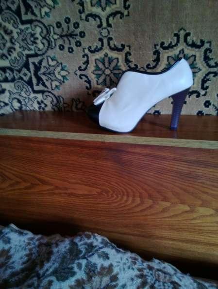 Продам красивые туфли в фото 3
