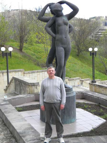 Александр, 60 лет, хочет познакомиться