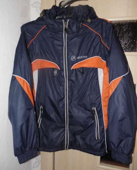 Куртка на 10-11 лет