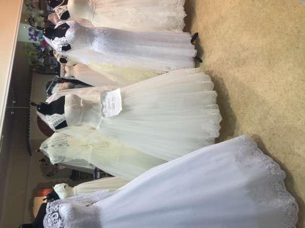 Требуется продавец в свадебный салон с опытом работы