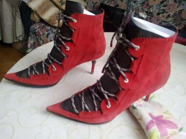 Ботинки Casadei 37р Ориг красная замша каблук 5 см бу 2 дня