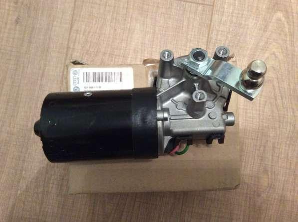 Мотор стеклоочистителя 8D1955113B VAG