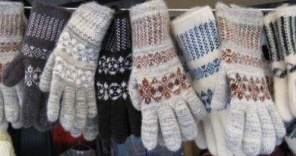 Взрослые перчатки и варежки