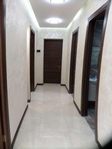 В центре Еревана, недалеко от университета, 3 комнаты в фото 16