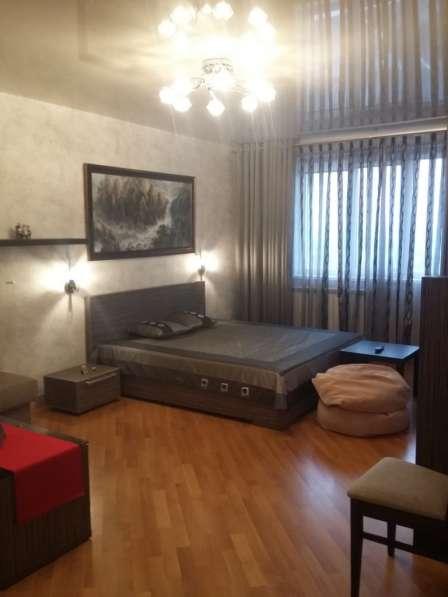Продаю большую 1 к. кв 51 кв. м. в ЦМР, евроремонт, мебель