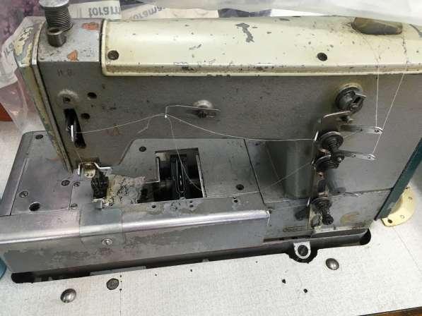 Швейная машина плоскошовная распошивалка 876 класс