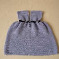 Теплое платье-сарафан для малышки. Ручная работа., в Москве