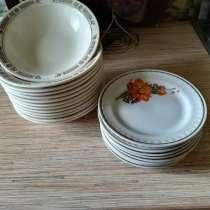 Набор тарелок идеальное состояние, в Гатчине