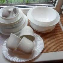 Замечательные посуда из белого фарфора+ стеклянная, в г.Санкт-Петербург