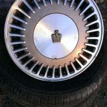 2 диска литых на Toyota Crown 130 кузов, в г.Артем