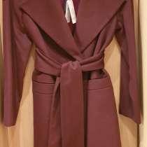 Новое пальто, производитель Беларусь, в Усинске