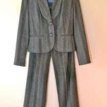 Женский брючный костюм размер 40-42, рост 160-165 см, в Калининграде
