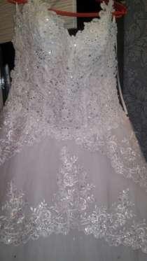свадебное платье красивое белое свадебное 46-48 размер, в Рязани