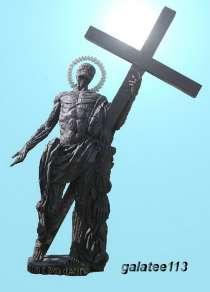 Скульптура Святого Апостола, в Екатеринбурге