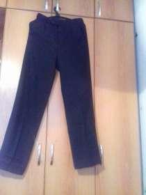 Продам брюки школьные на подростка, в Саратове