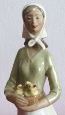 W&A. Девушка с корзиной утят.27см. ГДР, в г.Франкфурт-на-Майне