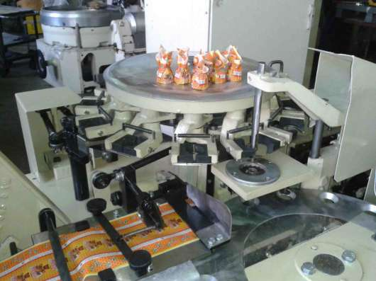 Заверточная машина ED-10 нагема nagema для завёртки конфет