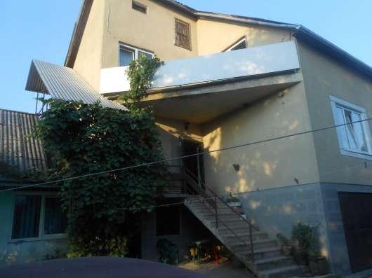 Продам дом двухэтажный в пригороде Ужгорода. 7 км от центра