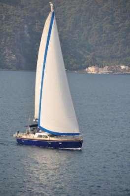 Продается круизная парусно-моторная яхта
