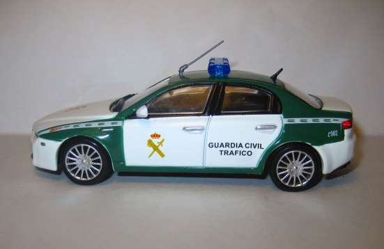 полицейские машины мира №43 ALFA ROMEO 159 в Липецке Фото 5