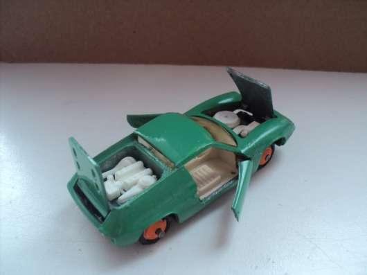 Масштабная модель автомобиля Лотос
