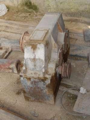 Редуктор Ц2У400-12,5. б/у