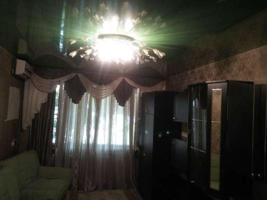 В Кропоткине 1-комнатная квартира 30 кв м 1/5 по пер. Лесном