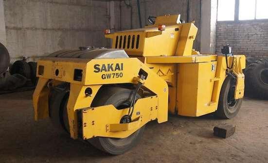 Продам Пневмоколесный виброкаток Sakai GW-750-2