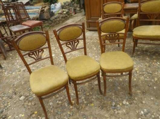 Старинный  гарнитур...Диван,кресла,стулья