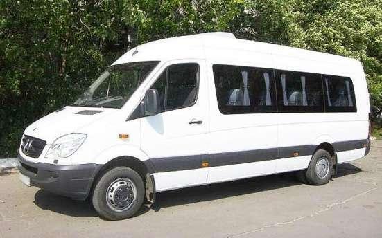Перевозка пассажиров туристическими автобусами и микроавтобу в г. Минск Фото 1