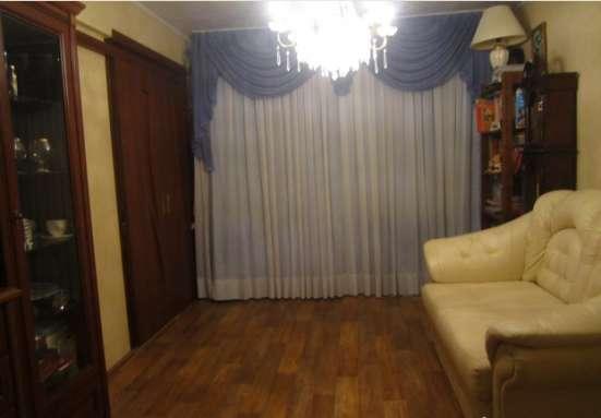 1 ком. кв-ра с отличным ремонтом, ул. Гурьянова в Калуге Фото 1