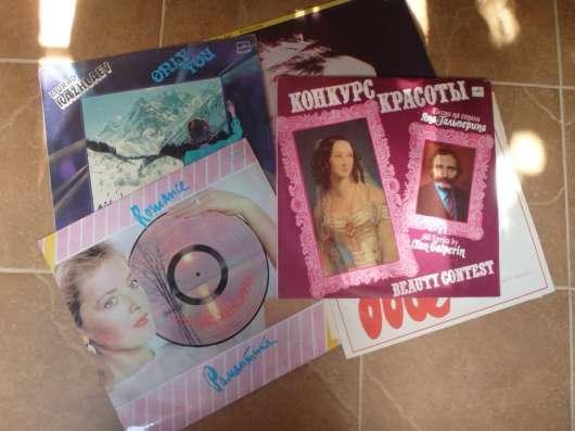 Продаю виниловые пластинки разных жанров