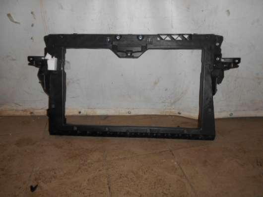 Передняя панель радиатора на Mitsubishi Colt 2004-2007г
