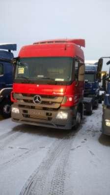 Седельный тягач Mercedes-Benz Actros 1841LS 4X2