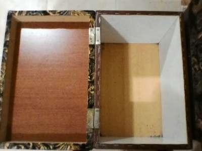 пуфики-сиденья с ящиками под обувь 2 шт