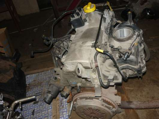 Renault Sandero двигатель в сборе 1.6л. K7MF710 в Санкт-Петербурге Фото 1