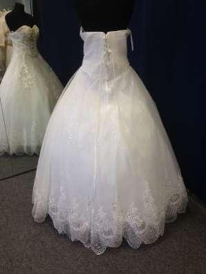 Супер красивое и яркое свадебное платье в Москве Фото 3