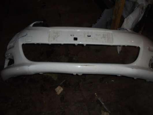 Бампер передний на С4(Citroen C4)