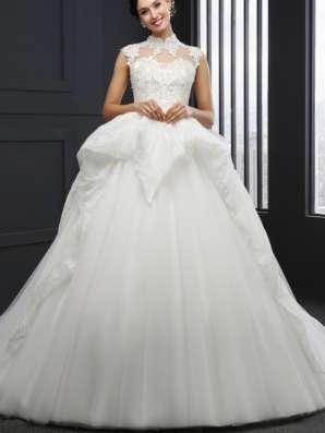 Свадедлбные платья в Химках Фото 1