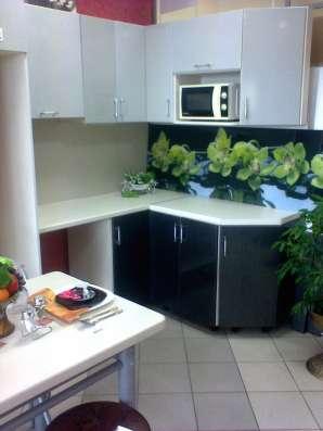 Кухня новая угловая