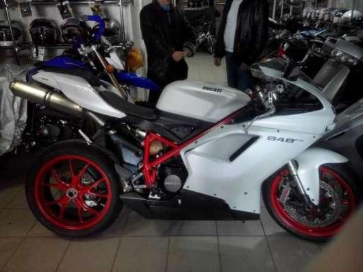 Продаю Ducati 848 EVO